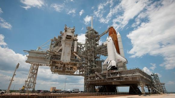 Space Shuttle STS-134 Endeavour on the pad [© CC BY-NC-ND 2.0 NASA HQ Photo https://www.flickr.com/photos/nasahqphoto/]