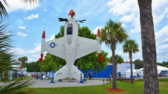 Lockheed XFV-1 Vertical Riser