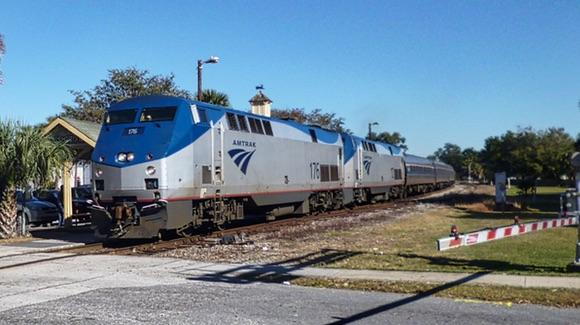 Amtrak service to Miami pulling into Kissimmee Station [© 2019, floridareview.co.uk, all rights reserved]