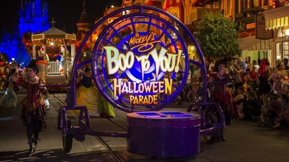 "Mickey's ""Boo-to-You"" Halloween Parade [Courtesy of Walt Disney Company, All Rights Reserved]"