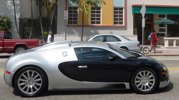Bugatti Veyron in Miami