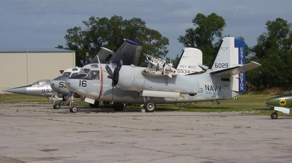 Grumman C-1A Trader '146029' and S-2B Tracker '136534' outside former Flying Tigers Warbird Restoration Museum in Kissimmee