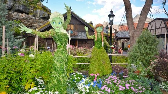 Frozen inspired topiary at Epcot's Norway pavilion
