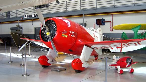 Granville Brothers Gee Bee R-2 replica 1932 air racer, NR2101