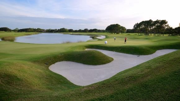 Grand Cypress Golf Club [© CC BY-NC-ND 2.0 Brent Flanders https://www.flickr.com/photos/proforged/]