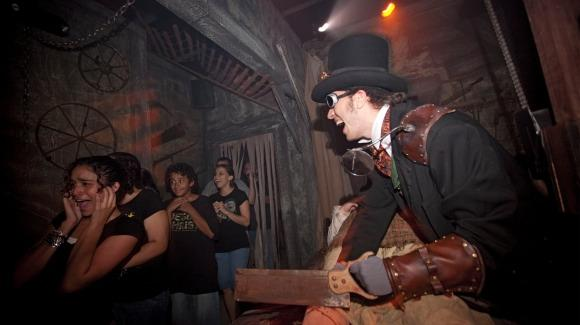 Halloween Horror Nights [© 2014 Universal Orlando Resort. All rights reserved]