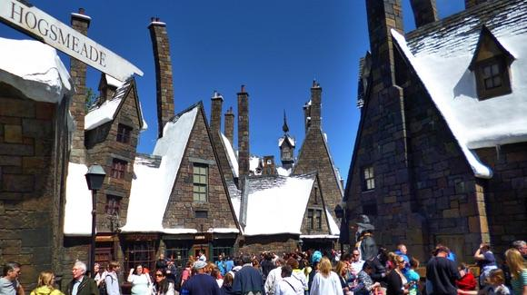 Busy street in Hogsmeade, The Wizarding World of Harry Potter
