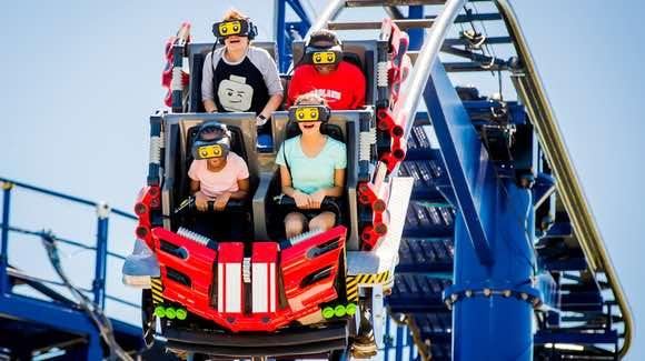The Great LEGO Race [© Merlin Entertainments Group, LEGOLAND Florida, Chip Litherland Photography]