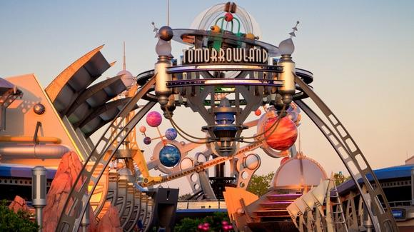 Tomorrowland at Magic Kingdom [© CC BY-NC-ND 2.0 Jeff Krause https://www.flickr.com/photos/jeffkrause/]