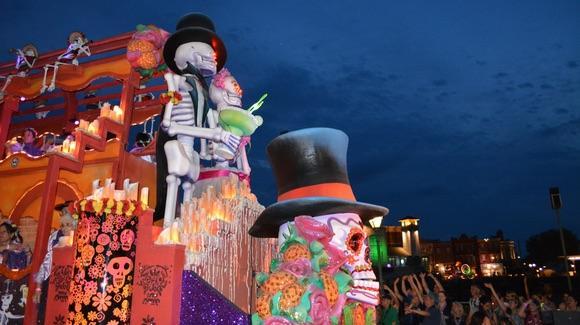 Universal Mardi Gras Voodoo Float