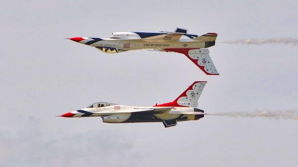 USAF Thunderbirds at Sun 'n Fun Fly-In
