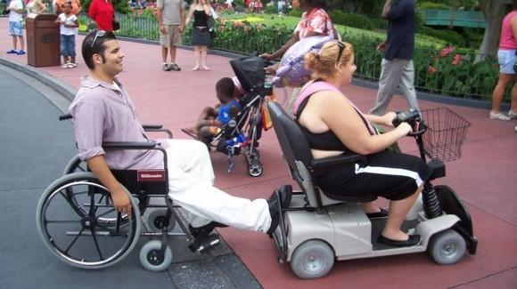 ECV guest towing a wheelchair [James Ellsworth - http://www.flickr.com/photos/jimemo7]
